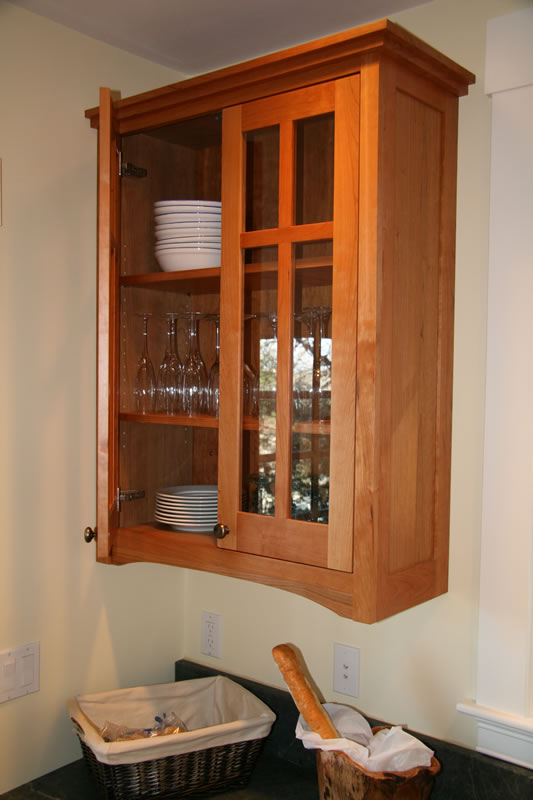 Genial Detail Of Craftsman Style Kitchen Cabinet With Integral Side Panel In  Cherry. (Photo By Mary New) ...